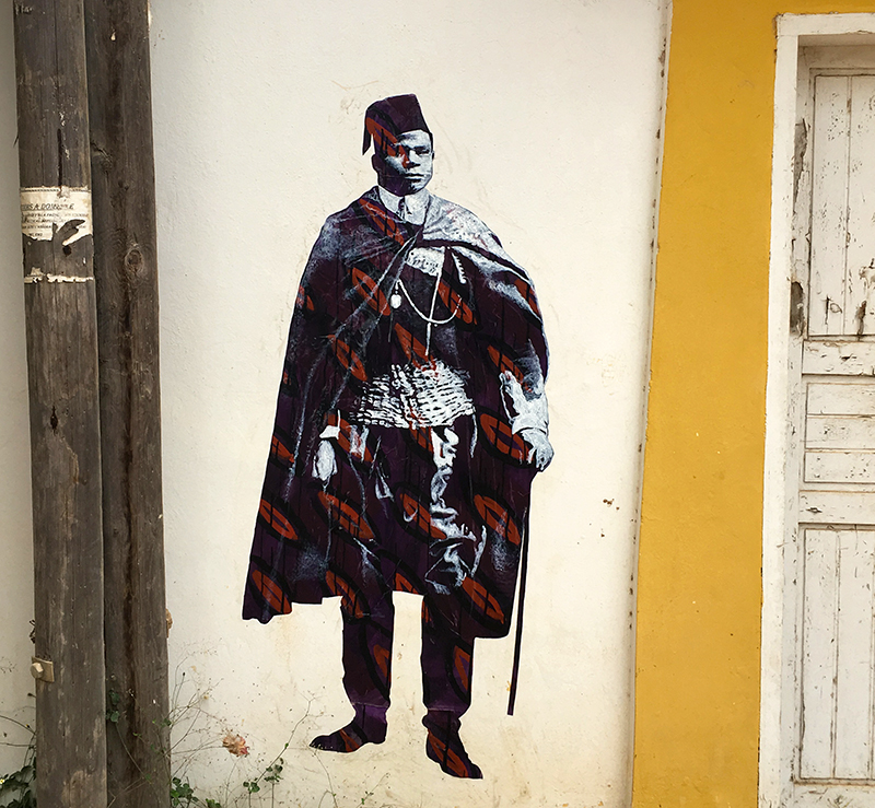 Street Art : Jean Amalhou Portrait painting / spray & acrylic on paper - Mamelles Dakar Sénégal december 2018