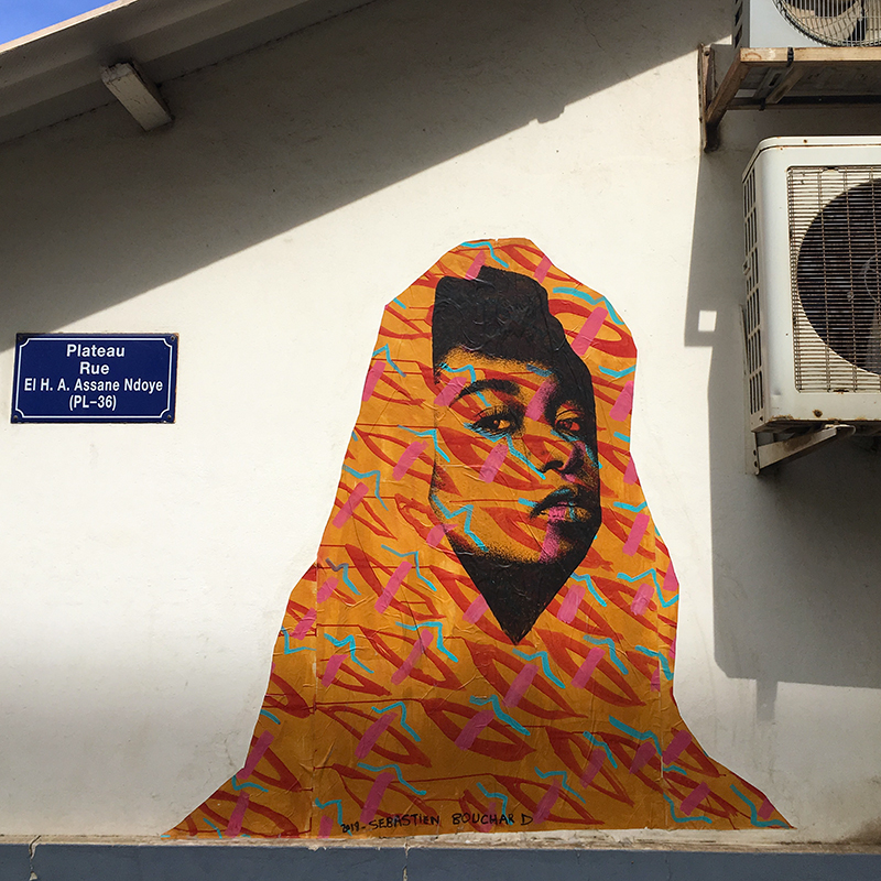 Street Art : painting / spray & acrylic on paper - quartier plateau, Dakar Sénégal december 2018
